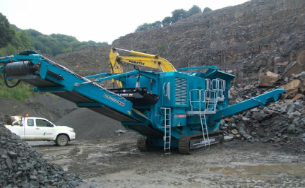 Powerscreen® Premiertrak 1180 working